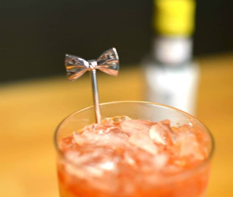 Beyond the Straw: Creative Drink Stirrers for your next Cocktail